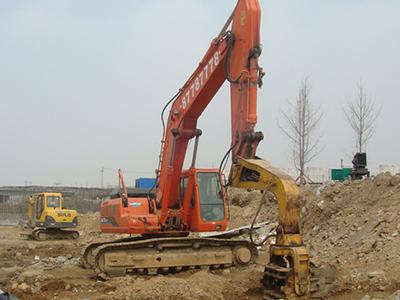 加长臂挖掘机租赁